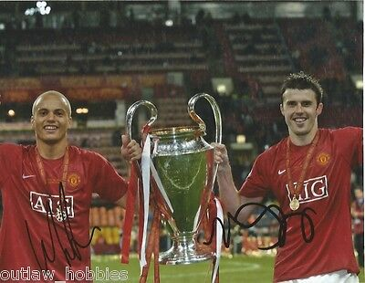Manchester United Wes Brown Michael Carrick Signed Autographed 8x10 Photo COA