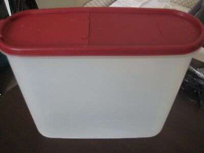 TUPPERWARE  Modular Mates SUPER  OVAL No.3  WITH POUR ALL CRANBERRY SEAL -USED