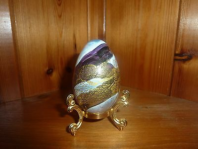 Gorgeous Isle Of Wight Studio Glass Golden Peacock Egg With Label & Stand Mint