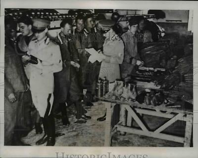 1934 Press Photo Gas masks & equipment issued in Rome to Italian Grenadiers