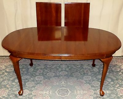 KNOB CREEK DINING TABLE Queen Anne Style Dining Table 2 Leaves VINTAGE