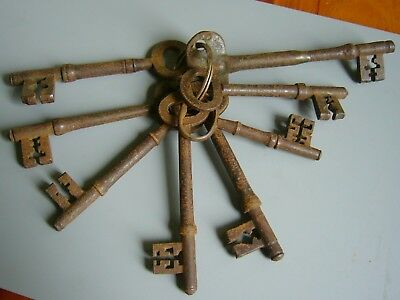 An Interesting  Bunch Of 8 Large Old Antique Iron Keys