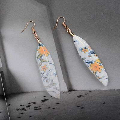 Bohemia Women's Gold Round Leaves Feathers Pendant Hooks Fashion Earrings