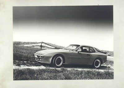 1983 Porsche 944 ORIGINAL Factory Photograph wy5444