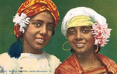 Algeria,North Africa,2 Pretty Moorish Girls,c.1909