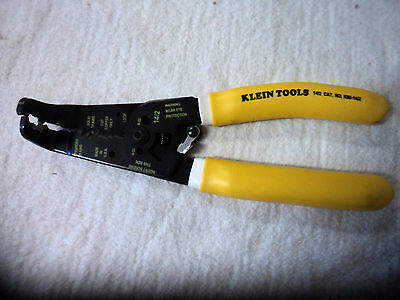 Klein Tools Bent Nose 90 Degree Stripper, Cutter, NM Cable USA Made K90-14/2