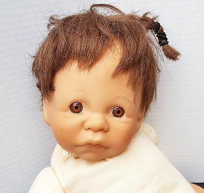 Lee Middleton Doll Open Eyes First Moments Signed 1985 Newborn Brown Eyes Soft