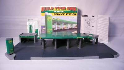 BUILD YOUR OWN BP Model Service Station W/Shop/Car wash/Pumps/Car Care IOB