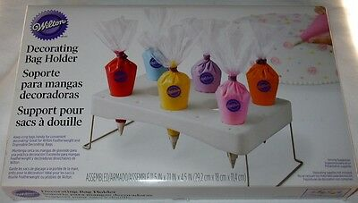 Wilton Decorating Bag Holder NIB Keep Your Icing Bags & Flower Nails Ready