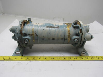 """Young HF-301-HR-4P Shell & Tube Heat Exchanger 7"""""""" x 9-1/4"""" 350°F Max"""