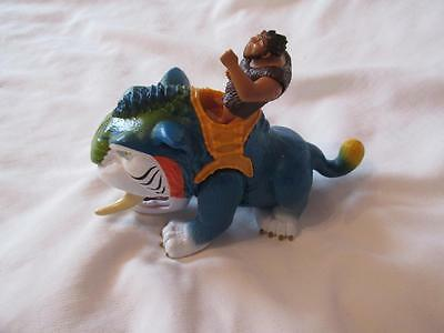 2012 FISHER PRICE DreamWorks The CROODS Croodaceous CHOMPING Macawnivore