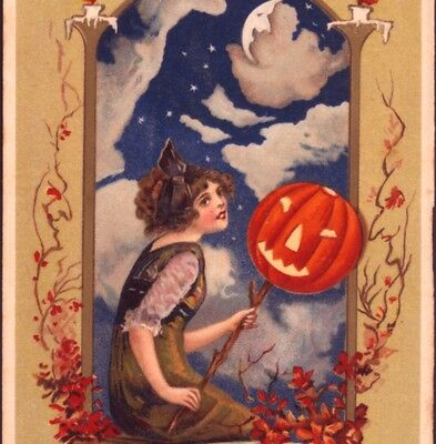 """Scarce.!  """"the Moon Witch Is Seen On Halloween"""" Clouds Over Moon,winsch Postcard"""