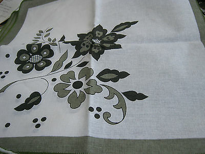 6 White Cotton Table Napkins Green Grey