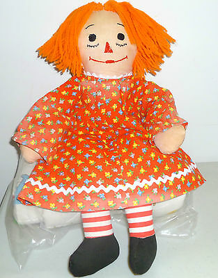 "Raggedy Ann Vintage Doll 18"" Tall Doll Collectible With Cloth Forward Feet"