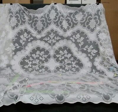 "Vintage Needle Lace Tablecloth 92"" x 70"" Great Britain made"