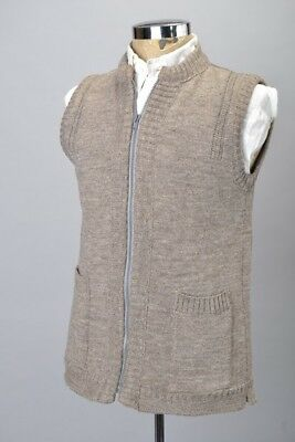 1970s'  Quality Guernsey Pure Wool s 38 Zipfront Sleeveless Pullover. BZU