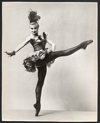 VIOLETTE VERDY French ballerina NYC Ballet dancer en pointe VINTAGE ORIG PHOTO