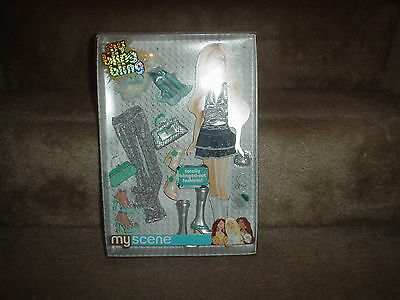 Mattel My Scene (My Bling Bling Doll Fashions -Clothes -Accessories - 2005)  New