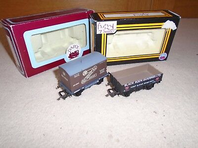 Pair of Dapol Wagons for Hornby OO Gauge Train Sets