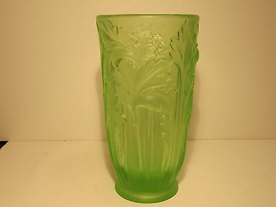 Quality Unusual Green Vaseline Glass Florals & Leaf Regn Applied For Marked