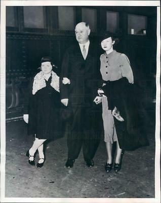 1936 Press Photo Postmaster Gen James Farley, Daughters Anne & Elizabeth