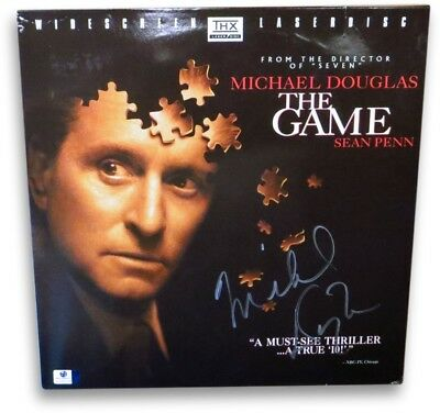 Michael Douglas Autographed Laserdisc Cover The Game Discs Included GV865038