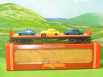 Hornby R126 Orange car transporter with 3 cars - OO Gauge Boxed