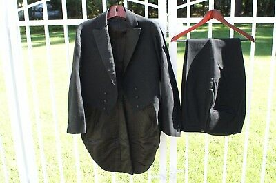 HALLOWEEN! Men's Antique Wool Tuxedo set Maccular Parker Company Boston 1910(?)