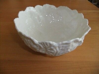 """Coalport Countryware 6"""" Small White Salad/ Vegetable Bowl -  Embossed Leaf"""