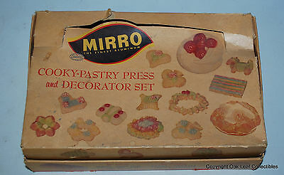 Mirro Cookie Press 350-M & Decorator Set with Box Recipe Booklet CLEAN!