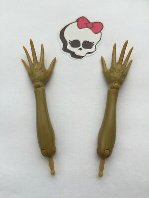 Monster High Doll Spares Clawvenus Limbs Pair Fore-arms+hands