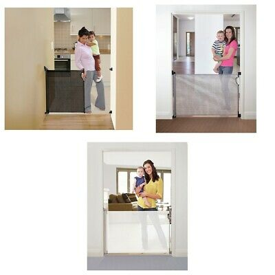 Dreambaby Retractable Gate (Fits Gaps up to 140cm) - Choice of Colour.