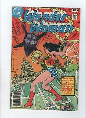 Dc Comic Wonder Woman no 2434 June 1978