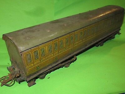 Hornby O gauge tinplate LNER bogie suburban coach incomplete for renovation