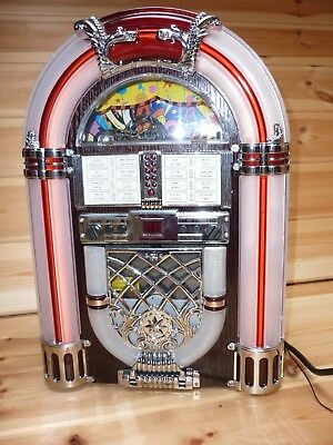 """Jukebox"" styled CD/Radio with lights"