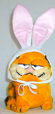 "Vintage Garfield 80's Dakin Plush Toy Collectible  Bunny  8.5 "" Tall"