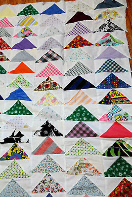 Vintage Quilt Top Triangles in Rows Motif