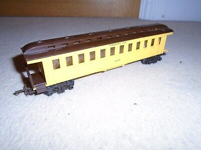 Triang R44B Smoking Car No. 257 Coach for Hornby OO Gauge Train Sets