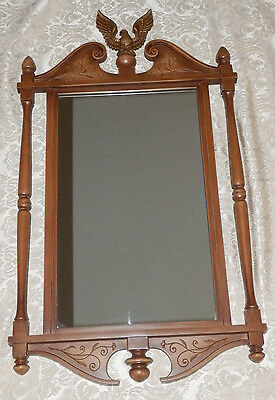 Vtg 1959 SYROCO Wall MIRROR 3810 Early American Style w/ EAGLE on Pediment