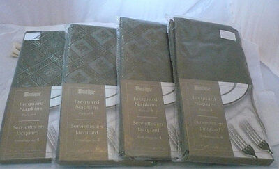 "NIP 16 jacquard weave polyester napkins 17""x17"" greenish brown  Thanksgiving"