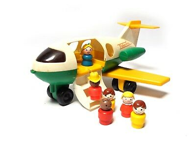 Vintage 1980 LITTLE PEOPLE FISHER PRICE White & Green PLANE #182 + 6 figures