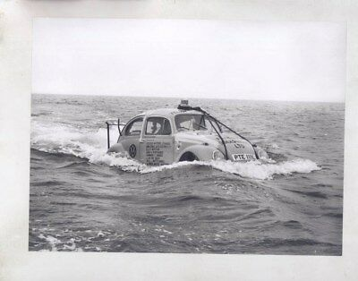 1973 Volkswagen Beetle Boat Crossing Ocean ORIGINAL Factory Photo wy7074