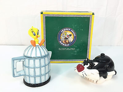 WARNER BROTHERS 1995 SYLVESTER and TWEETY BIRD Creamer and Sugar Set
