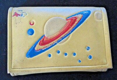 VTG 50s 60s OUTER SPACE~PLANET SATURN~ROCKET Vinyl Wallet Billfold Coin Holder