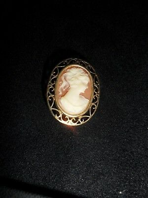12 ct gold  cameo brooch