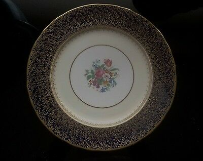 "Aynsley Bone China ""Cardiff"" Blue Dinner Plate."