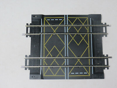 Hornby R636 Two Track Level Crossing Nickel Silver Track VGC OO Gauge