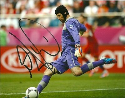 Czech Petr Cech Autographed Signed 8x10 Photo COA