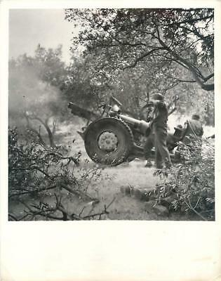 WWII U.S. 155mm Long Tom Crew Returning German Fire in Sicily Press Photos x2