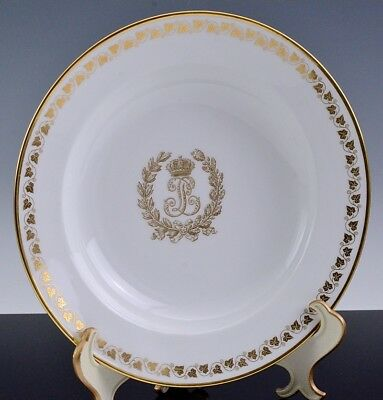 Very Fine 1846 Sevres King Louis Philippe Armorial Chateau De Cloud Dinner Plate